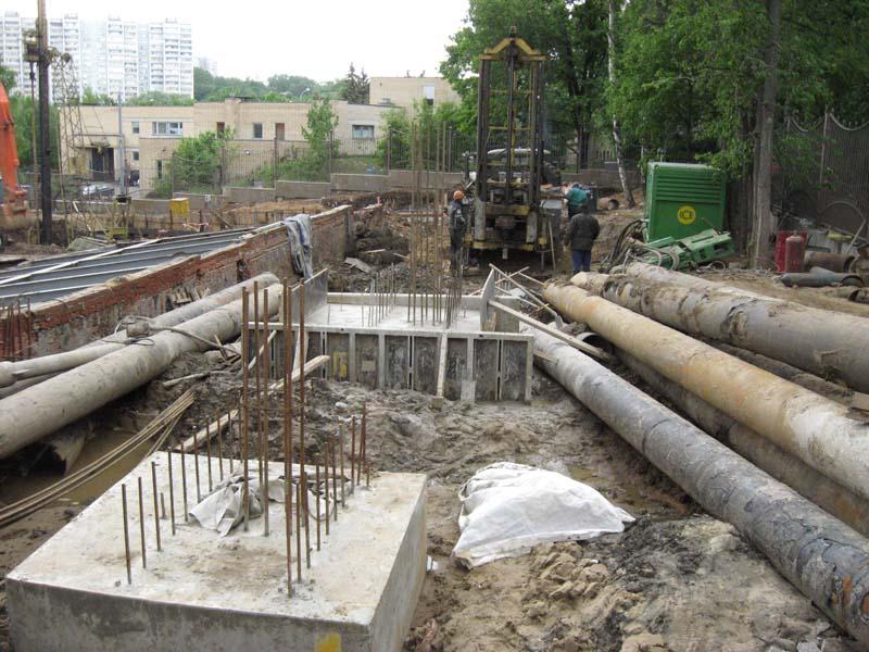 Бассейн оздоровительного центра на ул. Нежинская