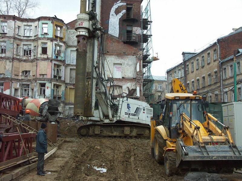 Реконструкция жилого дома с устройством подземной автостоянки в Печатниковом переулке